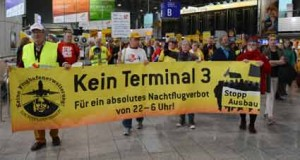 Terminal3-Protest